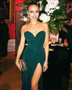 Xenia Tchoumitcheva - Magical moments at Kensington Palace  Instagram: https://www.instagram.com/p/BQayOjCgyhU/ Vk: https://vk.com/club131845230 Facebook: https://www.facebook.com/groups/167417620276194/