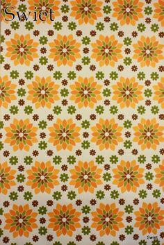 Oranje retro bloemen behang | Swiet