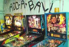 Best bars to play games at in Seattle