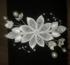 "20 Likes, 1 Comments - Agnieszka Krawczyk (@tigerowa_art) on Instagram: ""#kanzashi #handmade #art #diy #artist #hobby #hobbys #flowers #kanzashiflower #kanzashiflowers…"""