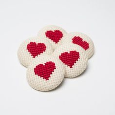 Items similar to 5 Buttons Fabric - Heart Cross Stitch - on Etsy Cross Stitch Books, Mini Cross Stitch, Cross Stitch Heart, Cute Embroidery, Cross Stitch Embroidery, Cross Stitch Patterns, Mini Canvas, E Craft, Cute Patches
