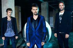 #MUSE é uma banda britânica de rock de  formada em 1994