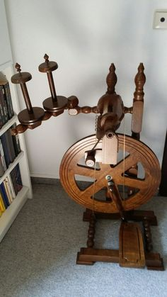 Professionelles Spinnrad, voll funktionstüchtig, robust, gebraucht, Kugellager in Möbel & Wohnen, Hobby & Künstlerbedarf, Sonstige | eBay
