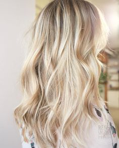 50 Bombshell Blonde Balayage Frisuren, die süß und einfach sind 50 Bombshell Blonde Balayage Hairstyles that are cute and easy Hair Color And Cut, Ombre Hair Color, Hair Colour, Balayage Blond, Baylage Blonde, Blonde Balayage Highlights, Brown Blonde, Great Hair, Hair Day
