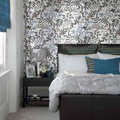 Papel de parede atrás da cama