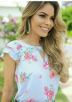 1005 likes 14 comments Mode Outfits, Casual Outfits, Fashion Outfits, Womens Fashion, Girly Outfits, Jw Mode, Mode Inspiration, Floral Blouse, Blue Blouse