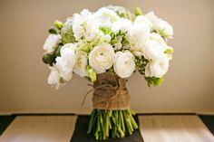 #bouquet  Photography: Calli B Photography - callibphotography.com.au  Read More: http://www.stylemepretty.com/australia-weddings/2013/12/19/spicers-clovelly-estate-wedding/