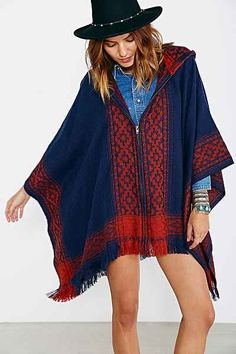 Ecote Blanket Poncho Jacket - Urban Outfitters // Black Friday sale $59 #poncho #boho #freepeople