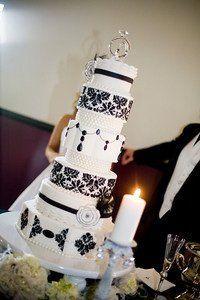 Vintage wedding - by somethinsweet @ CakesDecor.com - cake decorating website
