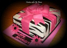 Zebra print cake for my birthday! So Creative, Creative Cakes, Beautiful Cakes, Amazing Cakes, Zebra Print Cakes, Zoo Cake, Fondant Decorations, Fall Treats, Get The Party Started