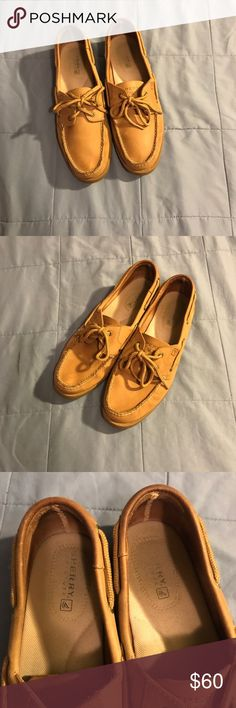 WOMENS SPERRY LEATHER TOP-SIDER 100% authentic. EXCELLENT CONDITION. SZ. 10M. Leather, any questions about this item pls comment. Sperry Shoes Flats & Loafers