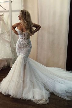 Different Mermaid Ivory Sweetheart Body-fitting Tulle Wedding Dress with Chapel Train Sexy Wedding Dresses, Wedding Dress Sleeves, Cheap Wedding Dress, Sexy Dresses, Bridal Dresses, Bridesmaid Dresses, Elegant Dresses, Wedding Dress Trumpet, Fishtail Wedding Dresses