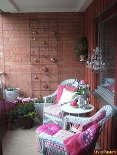 #klein #balkon #balkontuin #inspiratie #buiten #zomer #lente | http://www.balkonafscheiding.nl/product-categorie/balkonafscheidingen