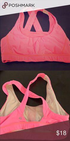 c2c1434346 Lululemon sports bra size 6 Very comfy sports bra lululemon athletica Other