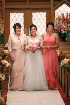 Poll What Do You Think Of Jane The Virgins Wedding Dress