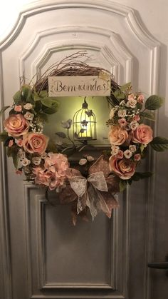 Diy Fall Wreath, Xmas Wreaths, Wreath Crafts, Rose Gold Christmas Decorations, Christmas Crafts, Nightmare Before Christmas Wreath, Buffalo Check Christmas Decor, Diy Crafts Hacks, Base