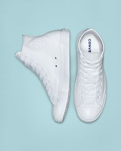 Chuck Taylor All Star Leather White Monochrome Converse Leather Shoes, Converse Wedding Shoes, Wedding Sneakers, White Converse, Custom Converse, Wedding Tennis Shoes, Shoes Sneakers, Tenis Converse, Vans