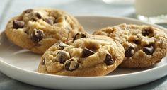 Vanilla Rich Chocolate Chip Cookies | Elegant Foods and Desserts
