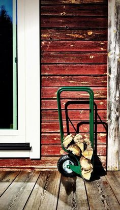 fleimio woodhopper (green) Summer 2016 @ Fiskars. Fire Wood, Koti, Wood Storage, Summer 2016, Green, Outdoor, Design, Outdoors