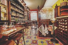 Les Papilles: is a family style dinner restaurant that offers affordable pricing for a four course meal. Best places to eat in Paris, France Restaurants In Paris, French Restaurants, Paris Hotels, Paris Travel, France Travel, Rue Mouffetard, Wine Bistro, Bar A Vin, Best Places To Eat