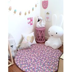 Gorgeous rug. Girls room designed by Milka Interiors   https://instagram.com/milka_interiors/