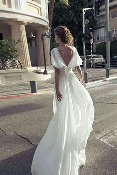Midsleeve white evening dress with back revealing chiffon dress from Handmade Dress is part of Dresses Since the dress is made according to the picture, the biggest problem is the color difference, - Wedding Dress Chiffon, Best Wedding Dresses, Bridal Dresses, Wedding Gowns, Boho Wedding, Handmade Dresses, The Dress, Dress Lace, Dream Dress