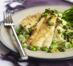 Tonight I made haddock -- looks like this but I baked it for about 20 mins) -- with broccoli, roast leeks and mashed potatoes. Being pushed for time doesn't mean you have to eat unhealthily, as this quick and low-fat fish supper proves Fish Dishes, Seafood Dishes, Fish And Seafood, Seafood Recipes, Chicken Recipes, Recipes Dinner, Dinner Ideas, Bbc Good Food Recipes, Cooking Recipes