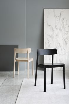 Tonje Chair is a minimalist chair created by Oslo-based designers Andreas Engesvik. The designers work in various fields of design ranging from furniture and tableware to industrial design for various. Wooden Dining Chairs, Black Dining Room Chairs, Wrought Iron Patio Chairs, Painted Chairs, Living Room Chairs, High Chairs, Office Chairs, Study Chairs, Swing Chairs