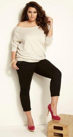 O ideal estético contemporâneo insiste que só as mulheres magras são lindas, desejáveis e sensuais. O que não é verdade e também extremament... big size fashion http://amzn.to/2kRZpiY