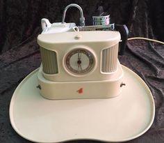 Goblin Teasmade D25B - theezetter met timer op origineel blad - verchroomd metaal, kunststof en keramiek