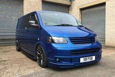 Vw T5, Volkswagen Bus, Vw Transporter Van, Aston Martin Cars, Toyota Hiace, Day Van, Top Cars, Custom Vans, Future Car
