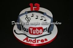 You Tube Tube cake tube Teenager Birthday, 8th Birthday, Birthday Parties, Birthday Cake, Art Cakes, Cake Art, Youtube Party, Music Themed Cakes, 50th Wedding Anniversary Cakes