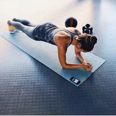 plank for a strong core, arms, back, and moar