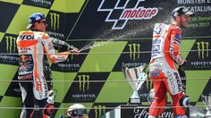 """Marc Marquez (Honda HRC) : """"Dovizioso est candidat au titre"""" - Grand Prix des Pays-Bas 2017 - Moto          Andrea Dovizioso, prochain champion du monde MotoGP ? """"Pourquoi pas ?"""", a dit Jorge Lorenzo, son coéquipier chez Ducati Team. Une hypothès... http://www.eurosport.fr/moto/grand-prix-des-pays-bas/2017/marc-marquez-honda-hrc-dovizioso-est-candidat-au-titre_sto6224104/story.shtml"""
