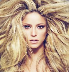 SHAKIRA; my long-lost cousin who also has lion hair. <3 <3 <3