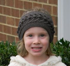 Knitting pattern  Robusta Headband Knit by NailyaPlaskeyDesigns