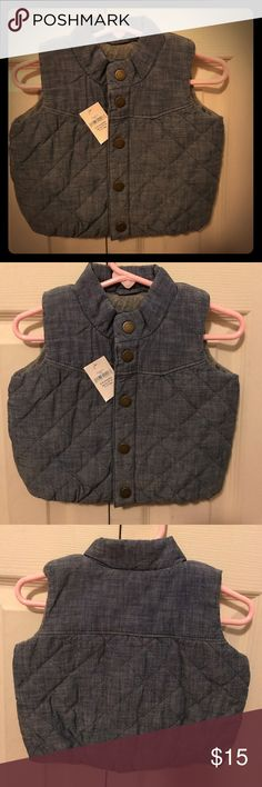 BNWT baby boy denim vest from Gap Buttons to close. 0-6 months. 7-17 lbs. Adorable! GAP Jackets & Coats Vests