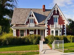 Red Victorian Cottage House by Photo Dean, via Flickr