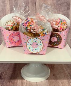 Donut Birthday Parties, Birthday Party Themes, Donut Birthday Cakes, Donut Cakes, Spa Birthday, Birthday Banners, Donut Decorations, Birthday Decorations, Food Decoration