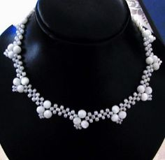 Free pattern for beaded necklace White Corners | Beads Magic