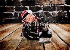 Knitting Patterns Newborn Knitted Newborn Skates – Husband would LOVE! Baby Family Pictures, Cute Baby Pictures, Newborn Pictures, Baby Boy Hockey, New Born Boy, Hunting Baby, Baby Shots, Baby Boy Photography, Baby Time