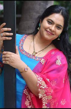 Beautiful Girl In India, Beautiful Women Over 40, Most Beautiful Indian Actress, Beautiful Lips, Beautiful Things, Cute Beauty, Beauty Full Girl, Beauty Women, Women's Beauty