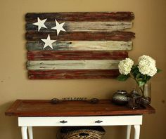 I love this rustic patriotic home decor idea