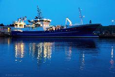 09-01-2015 Fishing trawler