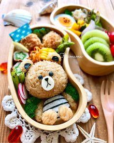 {36FA25AF-A748-4934-8AB0-75CA7BED628F} Bento Box Lunch For Kids, Bento Kids, Cute Bento Boxes, Cute Food, Yummy Food, Comida Disney, Kawaii Cooking, Onigirazu, Japanese Food Art