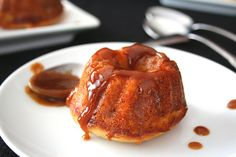 033 by carascravings, via Flickr  Sticky toffee pudding cake