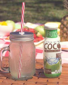 Agua de coco #Frunch - Baja en calorías - Hidrátación natural - Mejora la digestión - Alta en vitaminas y minerales  - Antioxidante  - Elimina el colesterol malo 🌴🌴🌴🌴🌴🌴🌴#coco #coconut #coconuts #coconutwater #coconutdrink #cocodrink #coconutjuice #cocowater  #diet #organic #fatfree #glutenfree #fit #fitness #fittest #pure #yoga #crossfit #hydrate #healthy #health #vegan #workout #gym #natural #nongmo #lowcalorie  #sportsdrink #healthy #fitlife