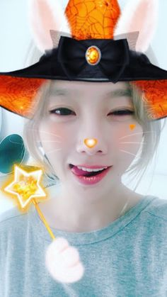 SNSD TaeYeon updates fans with her adorable selfies ~ Wonderful Generation