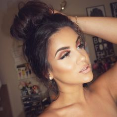 My absolute fave chick #stunning love her makeup and personality #lezbehonest haha