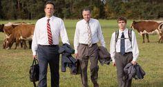 TOUCH cette image: A tie, a collared shirt, a bag , a briefcase, a suit jack... by Jeremy